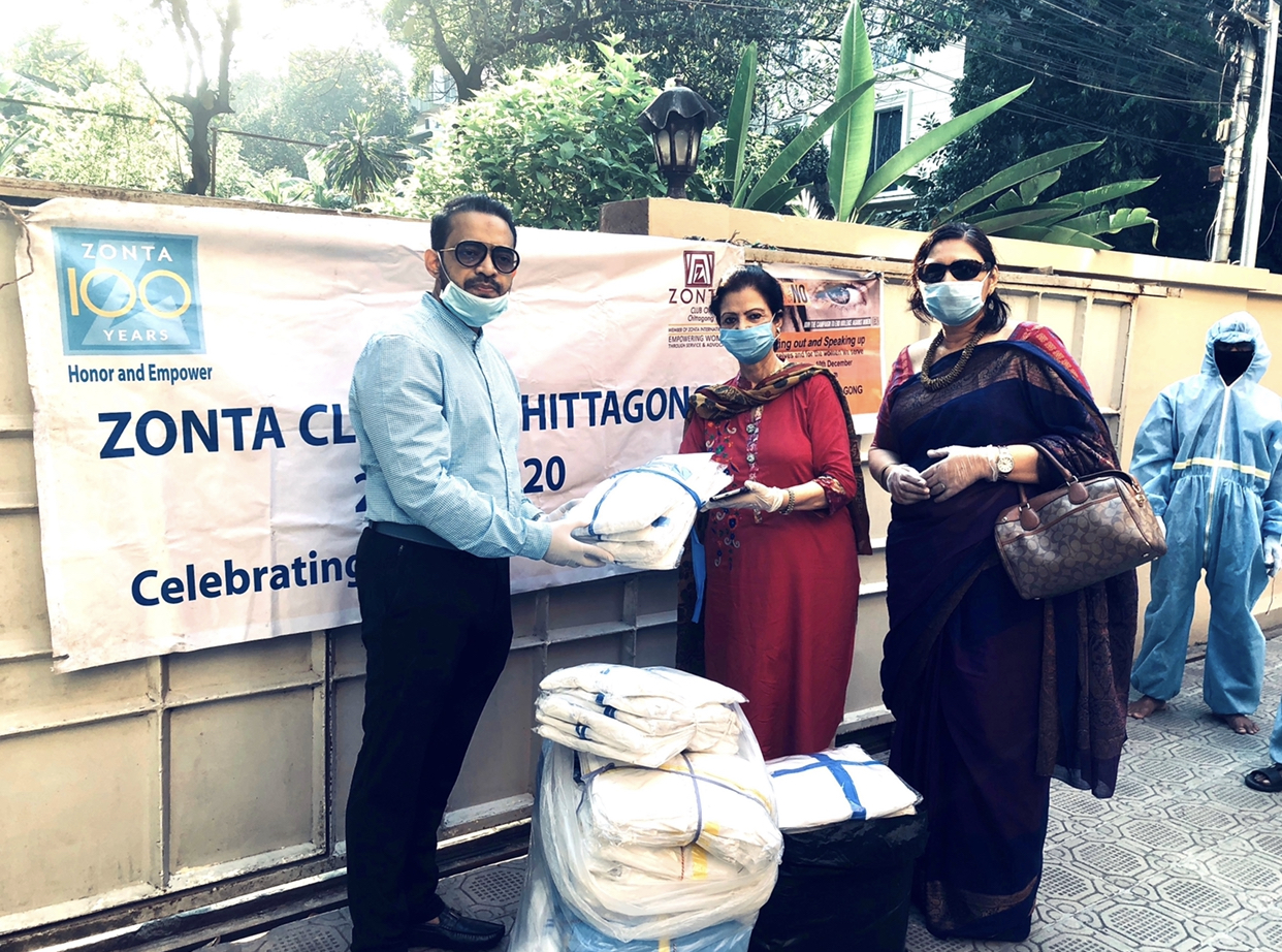 Zonta Club hands over PPE